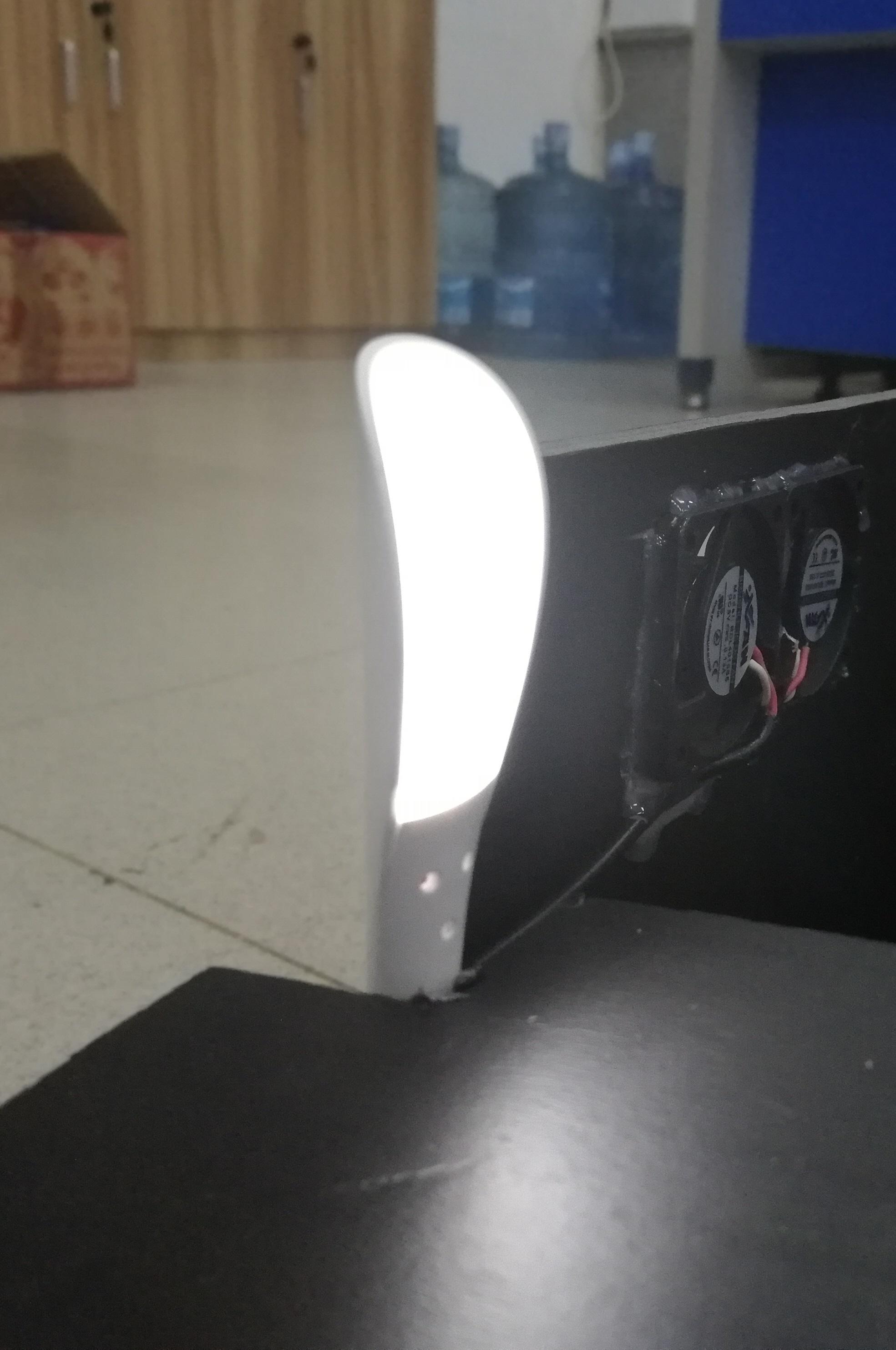 模拟室内LED